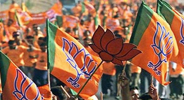 त्रिपुरा में मोदी लहर, TMC के 400 कार्यकर्ता BJP में शामिल