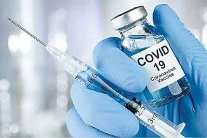 हिमाचल में लक्ष्य से अधिक को लगी वैक्सीन की पहली डोज, टीकाकरण जोरों पर: सरकार