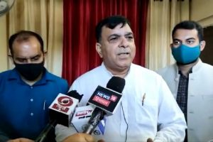 गैर जिम्मेदाराना ढंग से काम कर रही भाजपा सरकार, महंगाई के प्रति नहीं गंभीर: सुरेश चंदेल