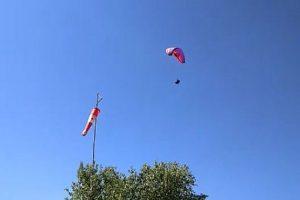 धर्मशाला: टेकऑफ करते ही हवा में लटका पैराग्लाइडर का सहयोगी, हुई मौत