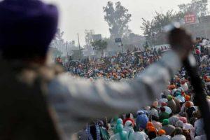सिंघू बॉर्डर पर निर्मम हत्या, लटका मिला युवक का शव